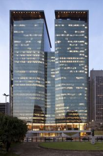 Ventura Corporate Towers - Torre Oeste